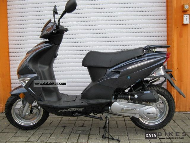 2011 Rivero  SP54 moped 25 km / h Motorcycle Scooter photo