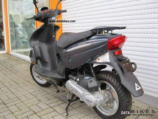 2011 rivero sp54 moped 25 km h. Black Bedroom Furniture Sets. Home Design Ideas