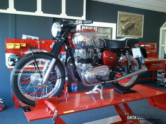 Royal Enfield  CONSTILATION 1960 Vintage, Classic and Old Bikes photo