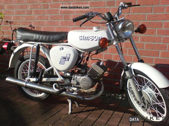Simson  Rebuilding S51 S 51 1979 Vintage, Classic and Old Bikes photo