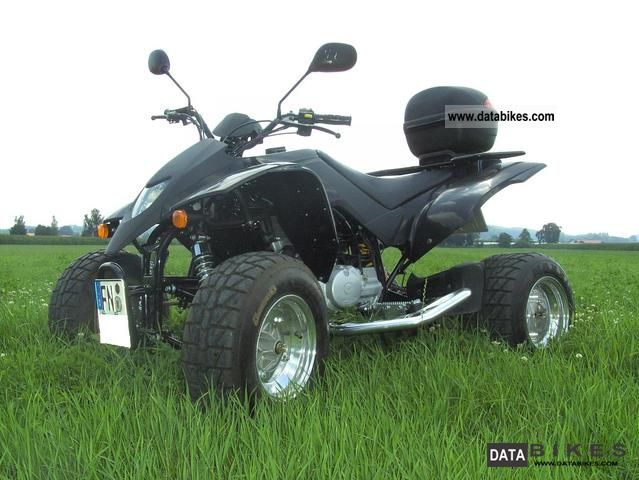 SMC  Titan 300 2006 Quad photo