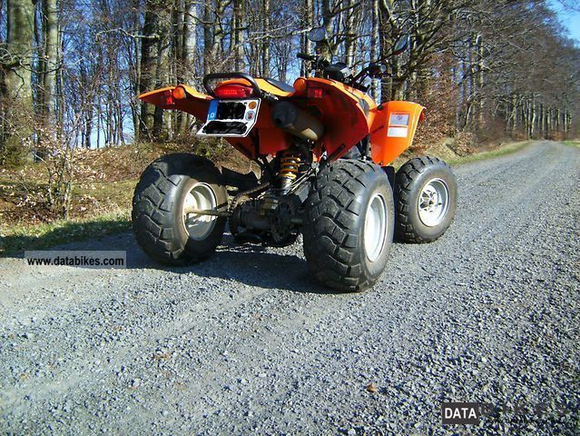 SMC  Titan 300 2007 Quad photo