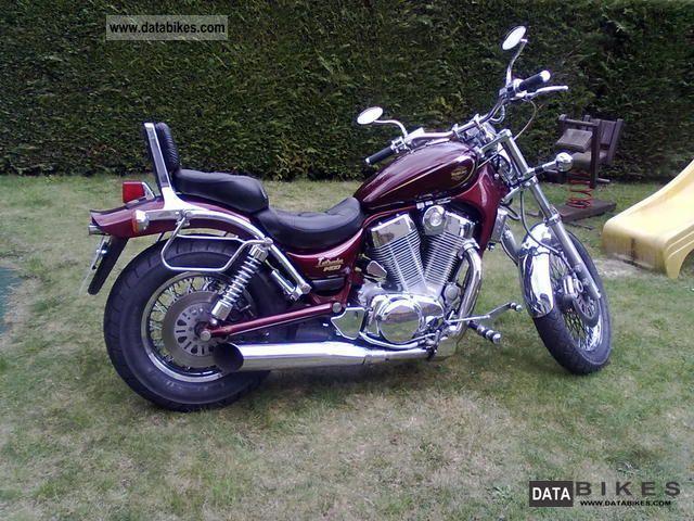 1994 Suzuki  VS 1400 Intruder Motorcycle Chopper/Cruiser photo