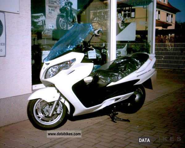 2011 Suzuki  AN 400 Burgman with ABS. Incl. Edition Package Motorcycle Scooter photo