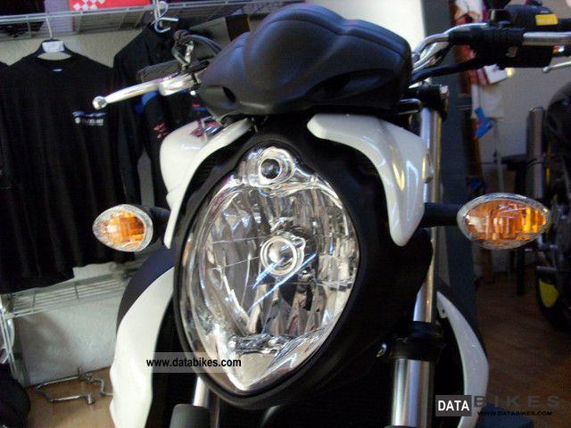 Suzuki Sfvgladius Owners Manual