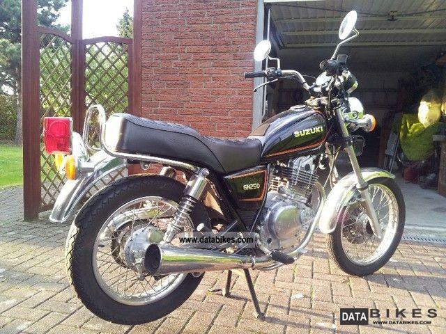 1991 Suzuki  GN 250 Motorcycle Chopper/Cruiser photo
