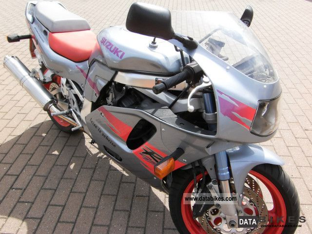 Suzuki  GSXR 750 1995 Sports/Super Sports Bike photo