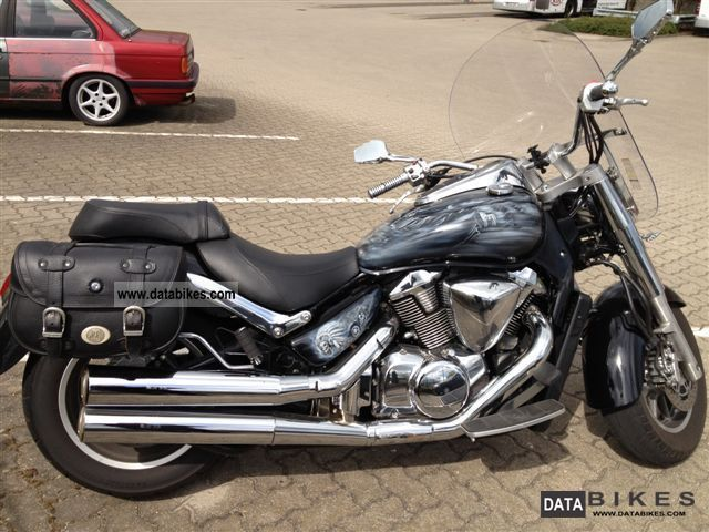 2009 Suzuki  Intruder C1800R Motorcycle Chopper/Cruiser photo