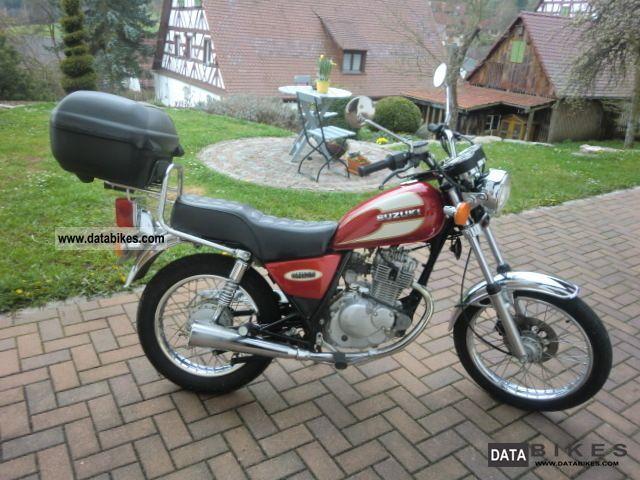 1997 Suzuki  GN 125 Motorcycle Lightweight Motorcycle/Motorbike photo