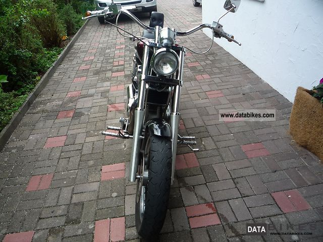 1996 Suzuki  Intruder 1400 Motorcycle Chopper/Cruiser photo