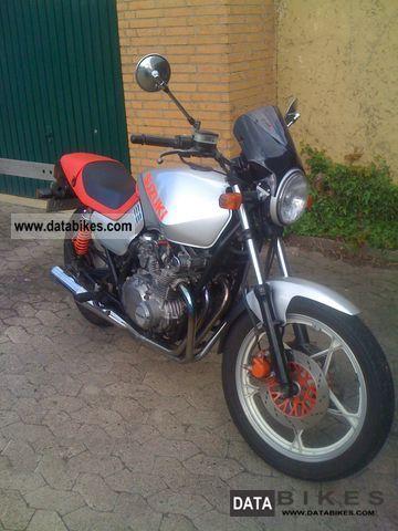 1982 Suzuki  GS 550 M Katana Motorcycle Naked Bike photo