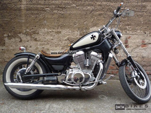 1990 Suzuki  Intruder Motorcycle Chopper/Cruiser photo