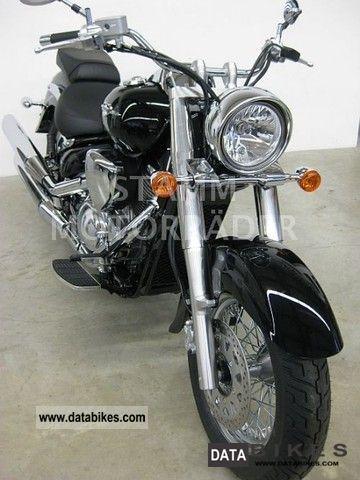 2011 Suzuki  Intruder VL800C Motorcycle Chopper/Cruiser photo