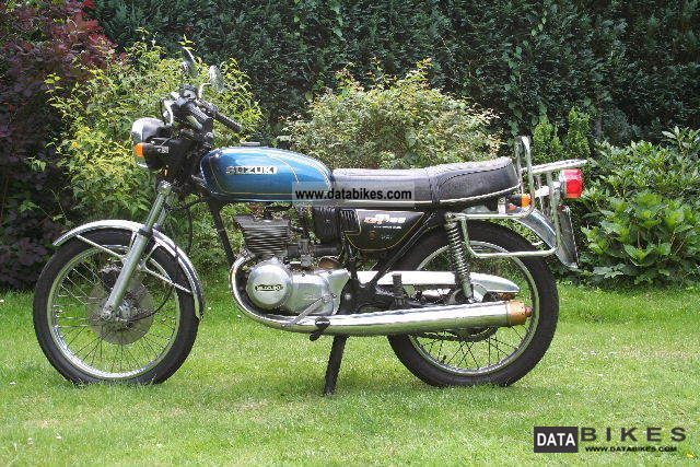 Suzuki  GT185 1977 Vintage, Classic and Old Bikes photo