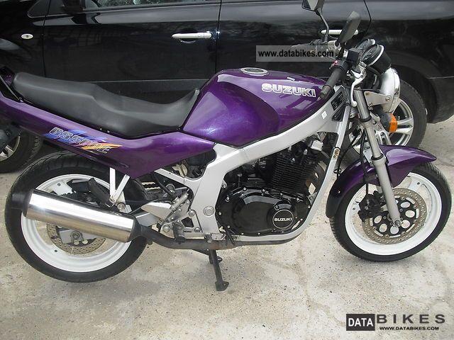 1994 Suzuki  GS500 Motorcycle Tourer photo