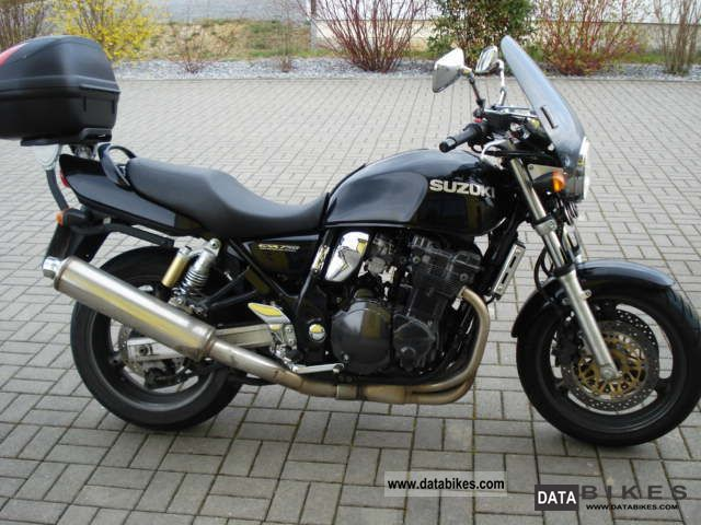 1999 Suzuki  GSX 750 ez1999 Motorcycle Motorcycle photo