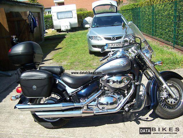 2004 Suzuki  VL 800 Motorcycle Chopper/Cruiser photo