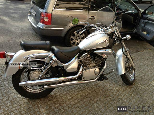 2003 Suzuki  VL 125 Motorcycle Chopper/Cruiser photo