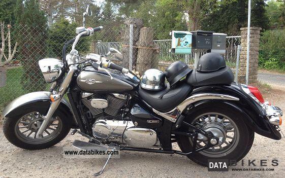 2010 Suzuki  Intruder VL800C Motorcycle Chopper/Cruiser photo