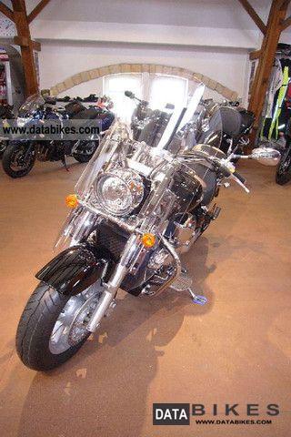 2010 Suzuki  Intruder C 1800 K9 Motorcycle Chopper/Cruiser photo