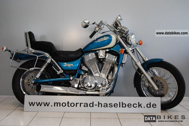 1996 Suzuki  VS 1400 Motorcycle Chopper/Cruiser photo