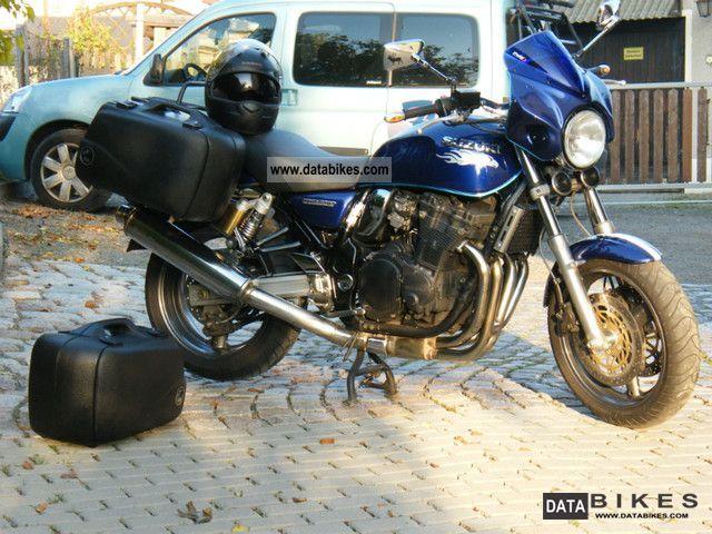 Suzuki  GSX-750 2002 Naked Bike photo