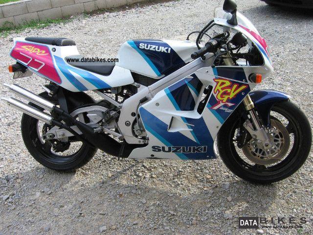 Suzuki  RGV 250 1997 Sports/Super Sports Bike photo