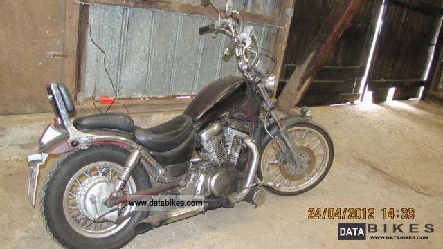 1991 Suzuki  VR 750 Motorcycle Chopper/Cruiser photo