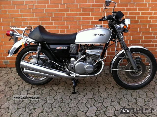 Suzuki  GT 550 1976 Vintage, Classic and Old Bikes photo