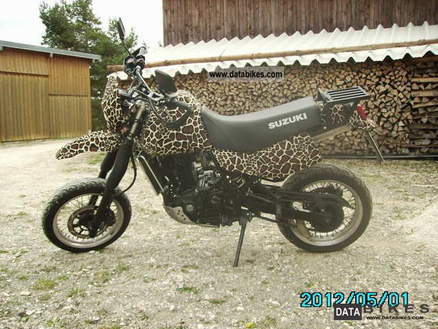 1990 Suzuki  DR650 Motorcycle Super Moto photo