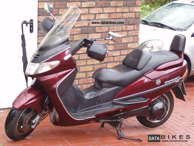 1998 Suzuki  AN 400 Motorcycle Scooter photo