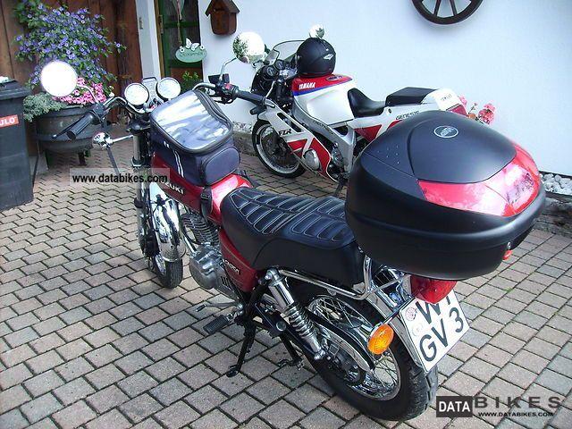 Suzuki GN 250 1997 Specs and Photos