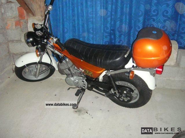 1981 Suzuki  RV 125 + kompl.Ersatzteillager (second machine) Motorcycle Lightweight Motorcycle/Motorbike photo