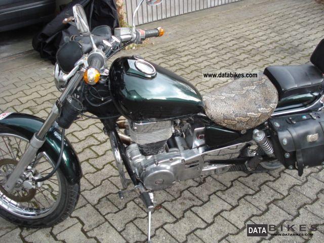 1990 Suzuki  LS 650 Motorcycle Chopper/Cruiser photo
