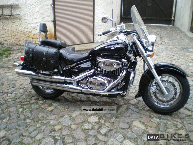 2007 Suzuki  Intruder Classic Motorcycle Chopper/Cruiser photo