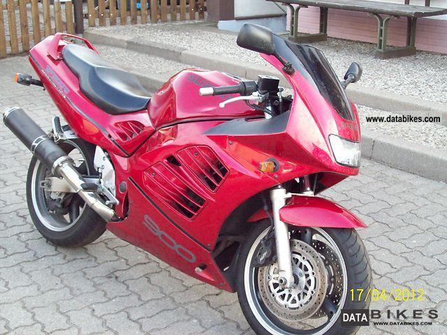 Suzuki  RF900R 1994 Motorcycle photo