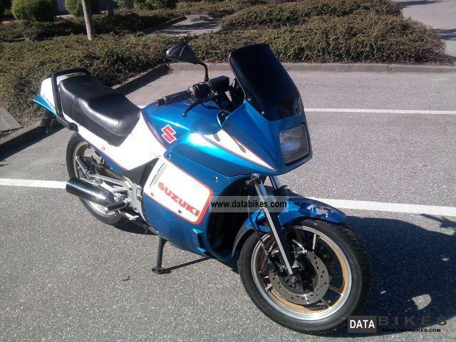 1984 Suzuki  GSX 550 EF Motorcycle Motorcycle photo