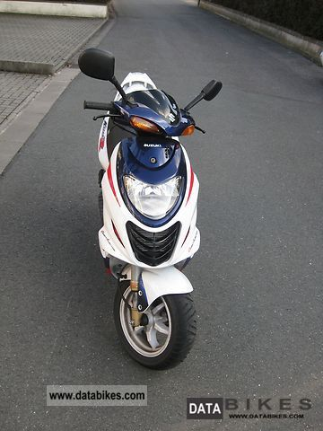 2006 Suzuki  AY50A Motorcycle Scooter photo