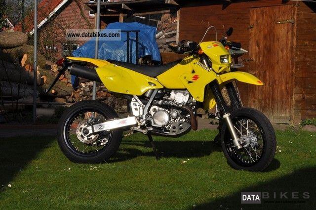 2002 Suzuki  DRZ 400 E Motorcycle Super Moto photo