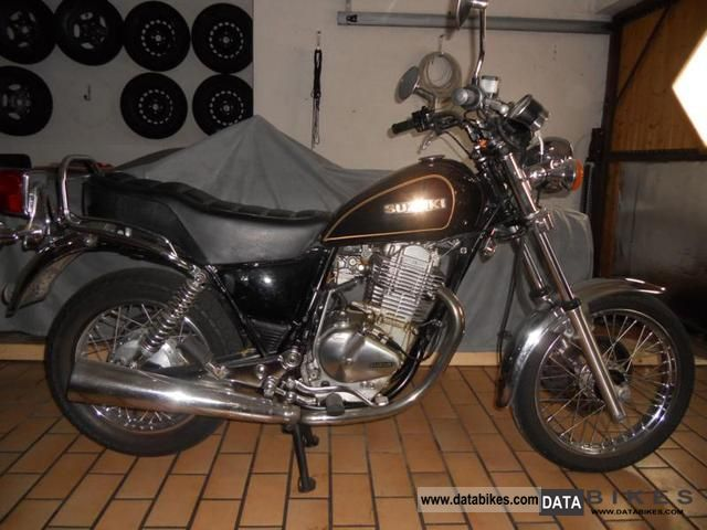 1982 Suzuki  GN 400 Motorcycle Chopper/Cruiser photo