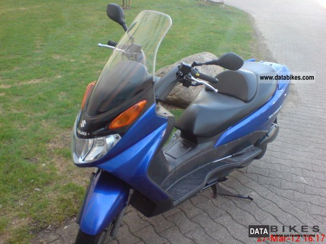2003 Suzuki  125 Burgmann Motorcycle Scooter photo