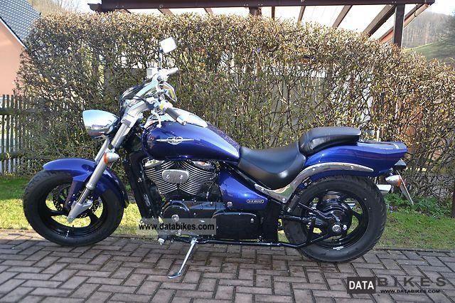 2005 Suzuki  VZ 800 Marauder Motorcycle Chopper/Cruiser photo