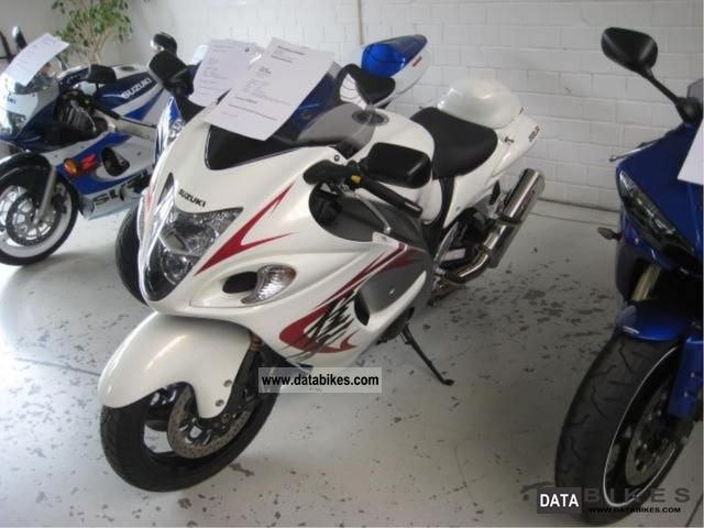 2009 Suzuki  GSX1300R Motorcycle Sports/Super Sports Bike photo