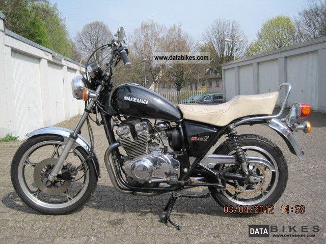 1982 Suzuki  GS 400 L Motorcycle Chopper/Cruiser photo
