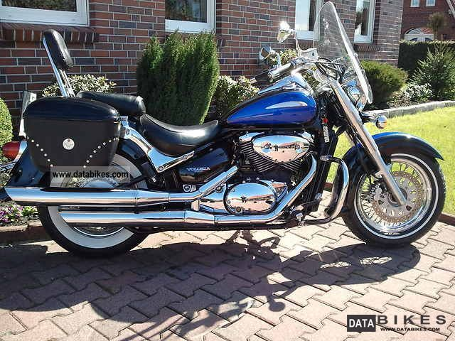 2002 Suzuki  VL 800 Volusia Motorcycle Chopper/Cruiser photo