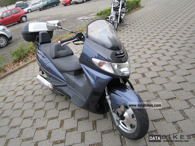 Suzuki  Burgmann 400 TO 2000 Scooter photo