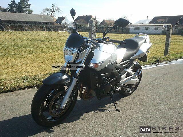 Suzuki  GSR 2008 Naked Bike photo