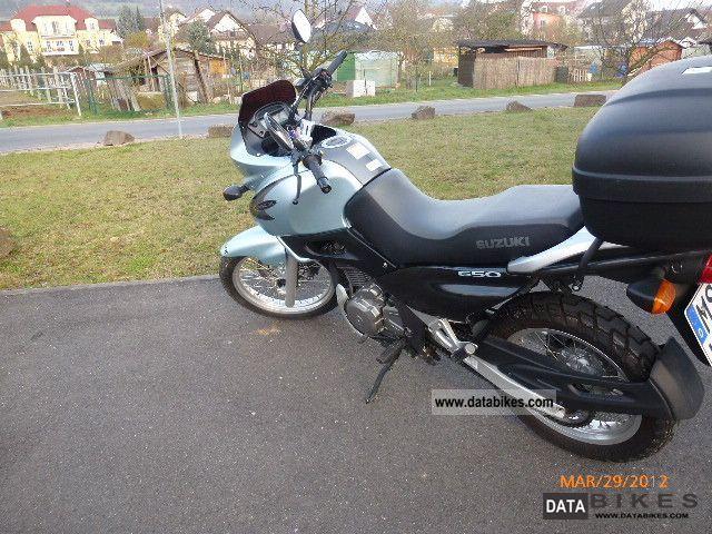 2001 Suzuki XF 650 Freewind - Moto.ZombDrive.COM