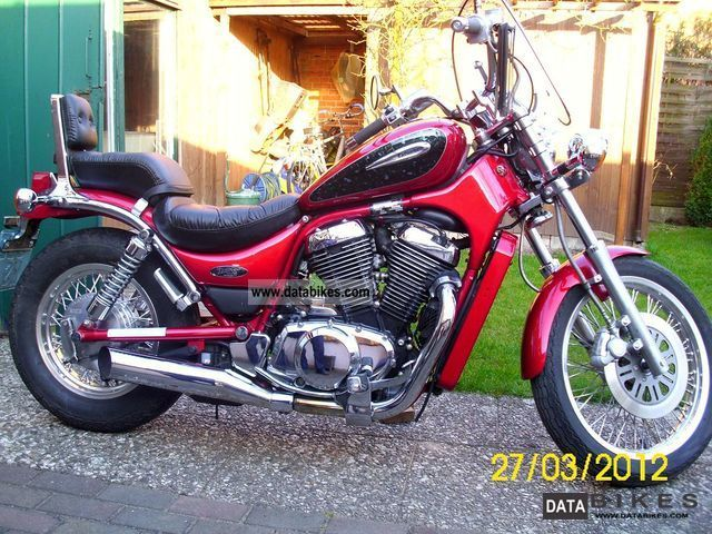 2000 Suzuki  Intruder VS 800 GL Highway Motorcycle Chopper/Cruiser photo