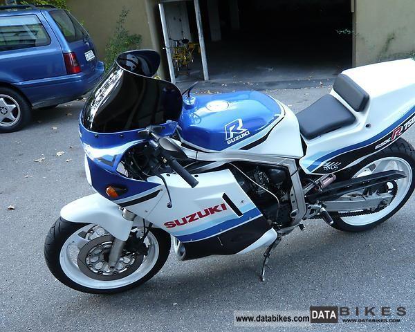1985 Suzuki  GSX R 750 Motorcycle Sports/Super Sports Bike photo